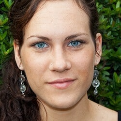 JUICED-Redakteurin Debora