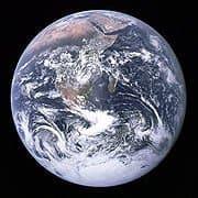 Die Erde (Bild: NASA. Photo taken by either Harrison Schmitt or Ron Evans (of the Apollo 17 crew).)