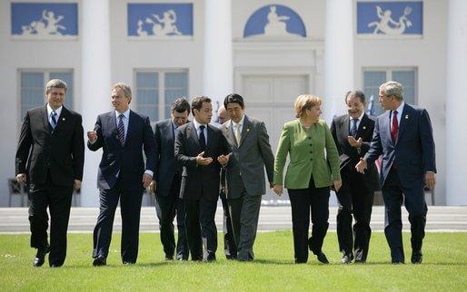 G8-Leader