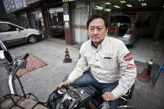 Korea: Hubschrauberpilot im Portrait (Bild: Malte E. Kollenberg)